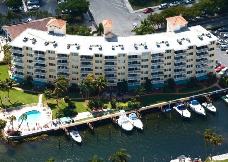 Yacht & Beach Club Condo #10