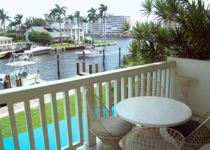Yacht & Beach Club Condo #9