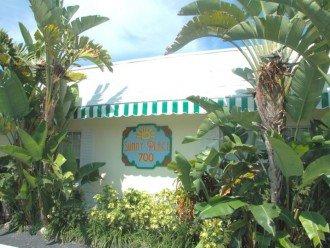 Sunny Place Apts - studio, 1/1, 2/2 - Walk to beach #1
