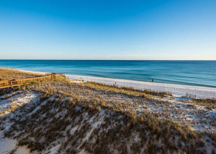 Aqua Sound- Gulf Front - Destin Point - 3 Miles From Harborwalk Village #27