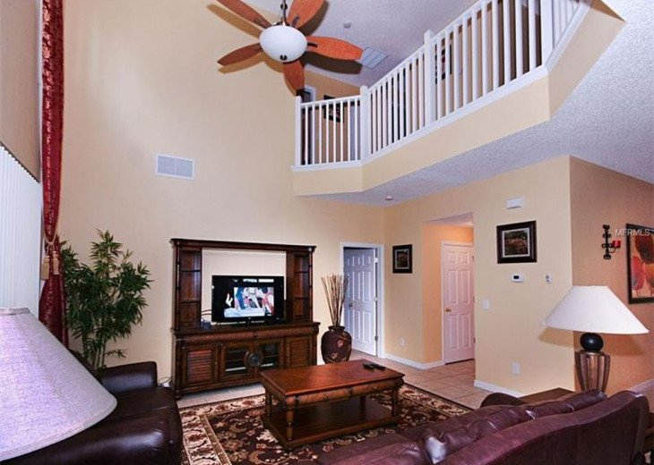 """Exquisite Resort Home with all comforts of """"Home Away from Home"""" for 6 to 16 #7"""