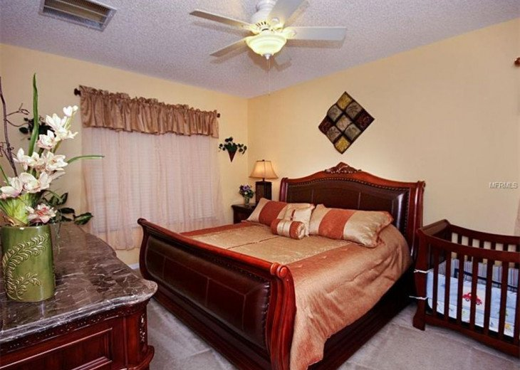 """Exquisite Resort Home with all comforts of """"Home Away from Home"""" for 6 to 16 #11"""