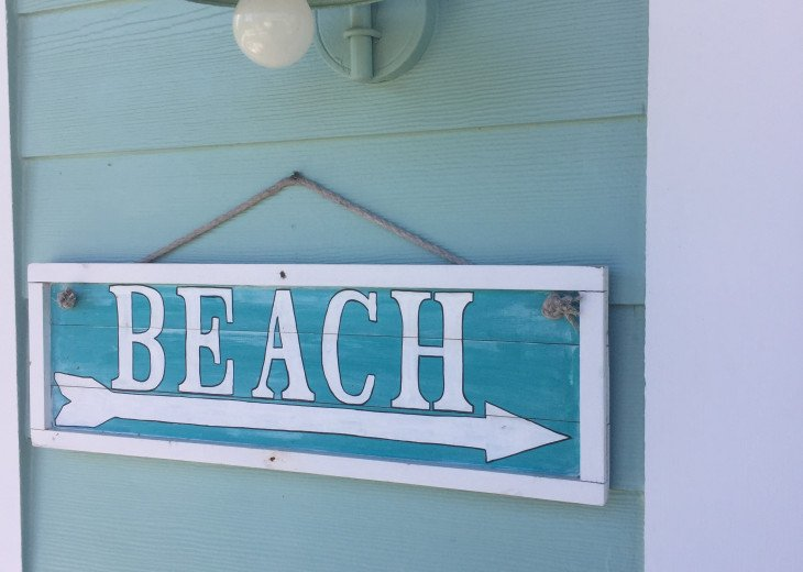 2BR/2BA Key West Style Beach House Furnished**MONTHLY ONLY** #2