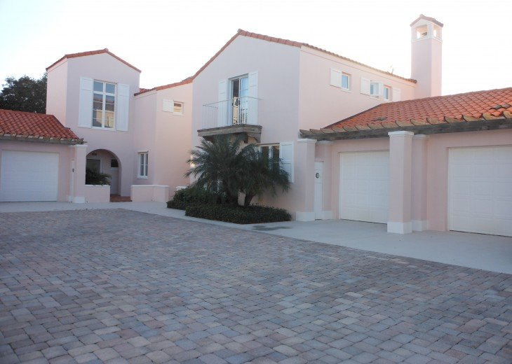 Grand Harbor - Gated Community (minimum one month stay: January-April) #2