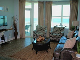 Gulf-Front Familty Room, Great Fifth Floor Location