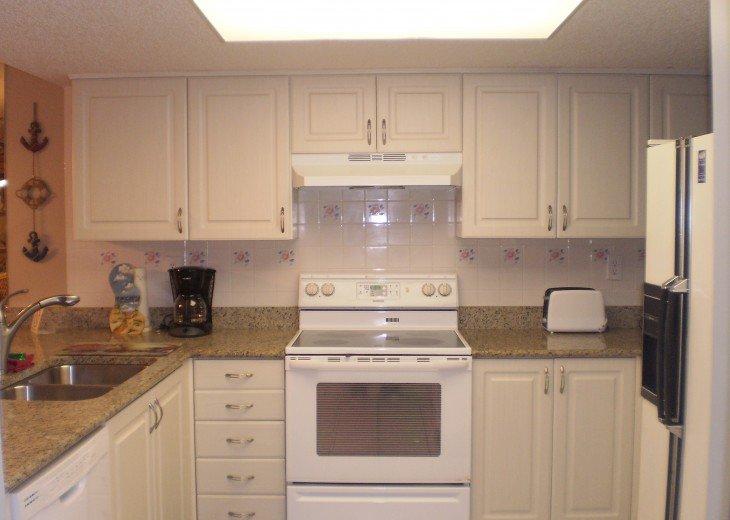 Kitchen Too