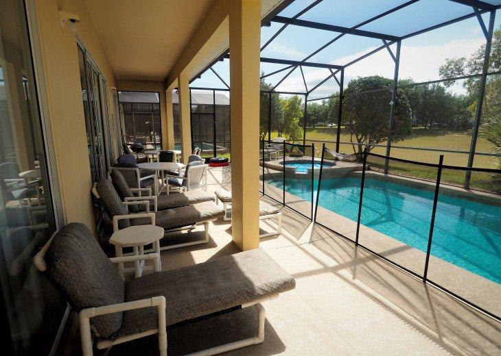 From $1150/week,Pool/SPA,Huge Lanai, No Rear Neighbors,8 TVs,WiFi,Club House #2