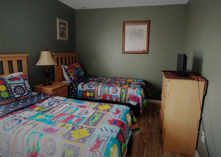 From $1150/week,Pool/SPA,Huge Lanai, No Rear Neighbors,8 TVs,WiFi,Club House #25