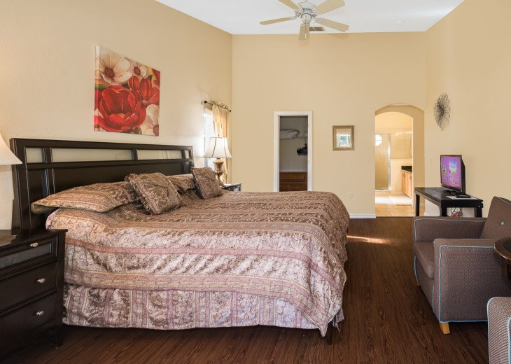Heavenly Retreat-3BR-Pool, WiFi, BBQ, TVs in all Rooms, Disney/Orlando #17