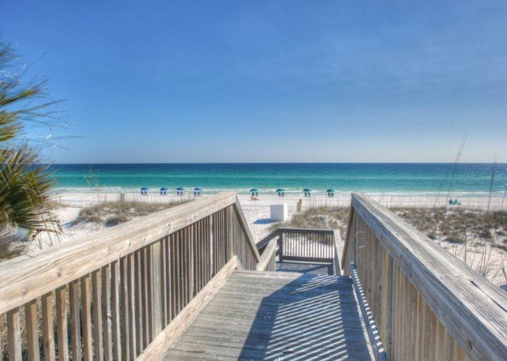 BEACH HAVEN*2 chairs&umbrella Complimentary*Updated*Top Floor*Great View*unit307 #23