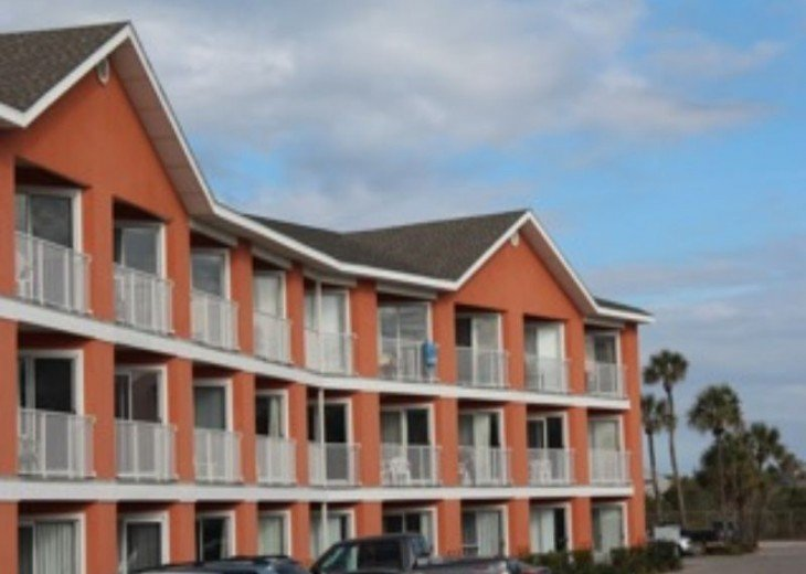 BEACH HAVEN*2 chairs&umbrella Complimentary*Updated*Top Floor*Great View*unit307 #18