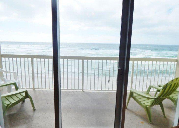 Oceanfront. Sleeps 6. Low Floor. Great View. November 1-22 Discount - 20% Off! #4
