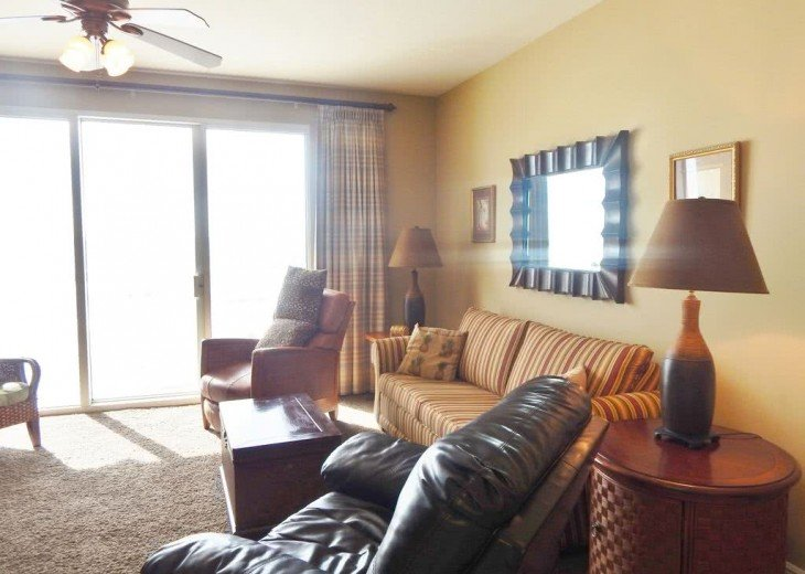 Oceanfront. Sleeps 6. Low Floor. Great View. Celadon Has Re-opened for Rentals! #5