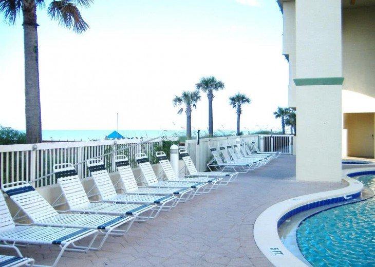 Oceanfront. Sleeps 6. Low Floor. Great View. Celadon Has Re-opened for Rentals! #23
