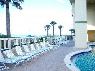 Oceanfront. Sleeps 6. Low Floor. Great View. Aug. 10-30 All Rates 1/2 Price ! #1