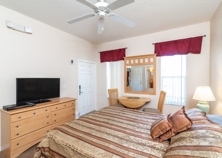 Closest to Pools, 4Bedr, 4Bath, Quite, Sleeps 8, All Fees Included, Best Choice #38