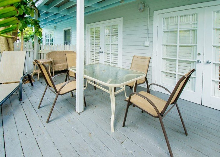 1 BR Margaritavilla Beach Cottage at Fort Zachary Taylor - Discounts Available! #6
