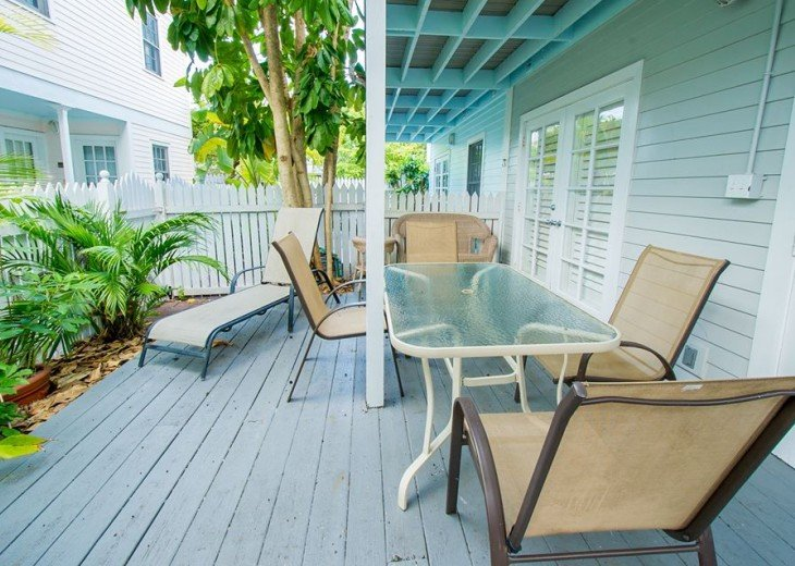 1 BR Margaritavilla Beach Cottage at Fort Zachary Taylor - Discounts Available! #7