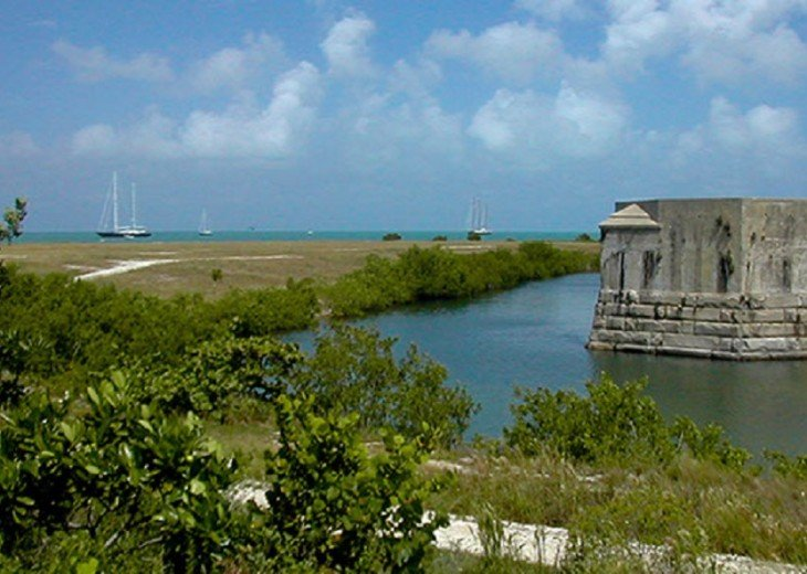 1 BR Margaritavilla Beach Cottage at Fort Zachary Taylor - Discounts Available! #20