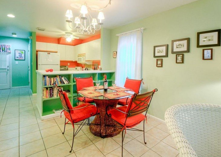 2 BR, 1 BA Margaritavilla Beach Cottage in Old Town - Ask About Our Specials! #3