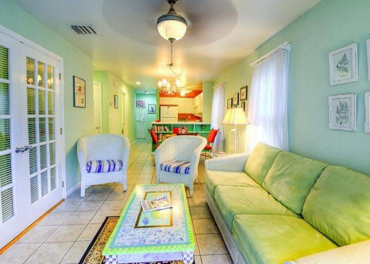 2 BR, 1 BA Margaritavilla Beach Cottage in Old Town - Ask About Our Specials! #2