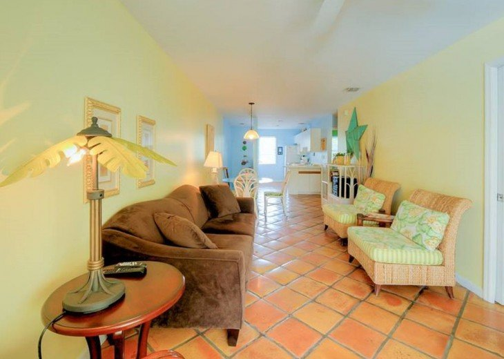 2 BR, 2 BA Margaritavilla Beach Cottage in Old Town - Ask About Our Specials! #11