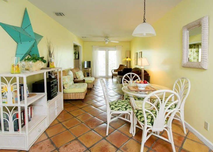 2 BR, 2 BA Margaritavilla Beach Cottage in Old Town - Ask About Our Specials! #6