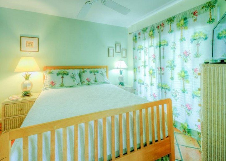 2 BR, 2 BA Margaritavilla Beach Cottage in Old Town - Ask About Our Specials! #10