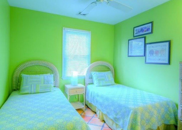 2 BR, 2 BA Margaritavilla Beach Cottage in Old Town - Ask About Our Specials! #15