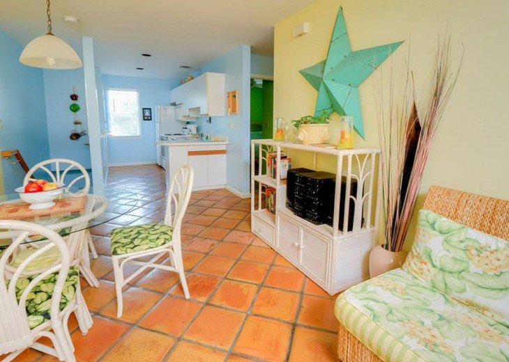 2 BR, 2 BA Margaritavilla Beach Cottage in Old Town - Ask About Our Specials! #4