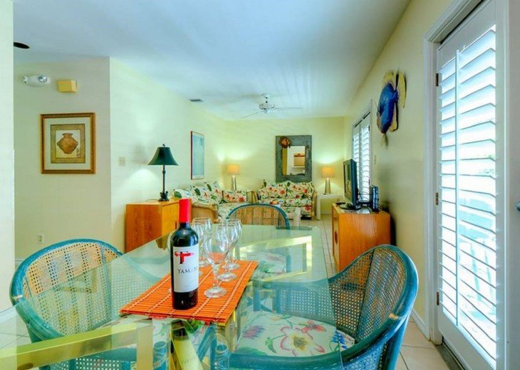 3 BR, 2 BA Margaritavilla Beach Cottage in Old Town - Ask About Our Specials! #4