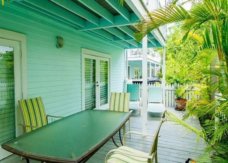 3 BR, 2 BA Margaritavilla Beach Cottage in Old Town - Ask About Our Specials! #5