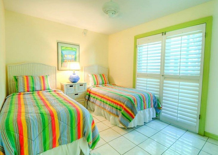 3 BR, 2 BA Margaritavilla Beach Cottage in Old Town - Ask About Our Specials! #15