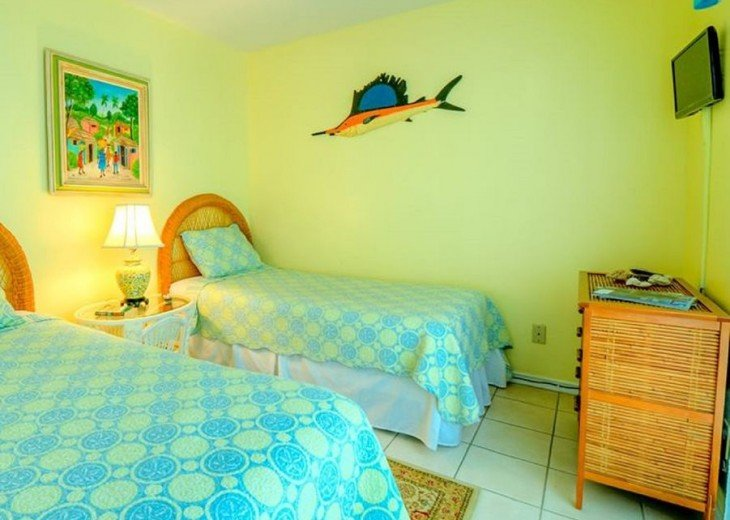3 BR, 2 BA Margaritavilla Beach Cottage in Old Town - Ask About Our Specials! #8