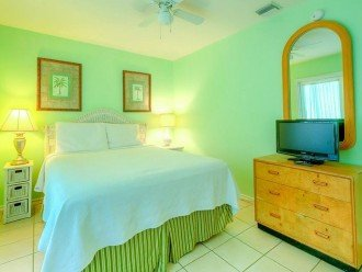 3 BR, 2 BA Margaritavilla Beach Cottage in Old Town - Ask About Our Specials! #1
