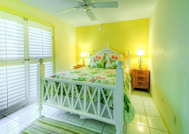 4 BR, 2 BA Margaritavilla Beach Cottage in Old Town - Ask About Our Specials! #5