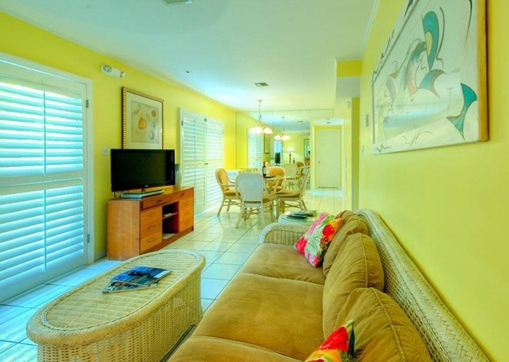 4 BR, 2 BA Margaritavilla Beach Cottage in Old Town - Ask About Our Specials! #2