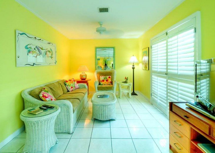 4 BR, 2 BA Margaritavilla Beach Cottage in Old Town - Ask About Our Specials! #4