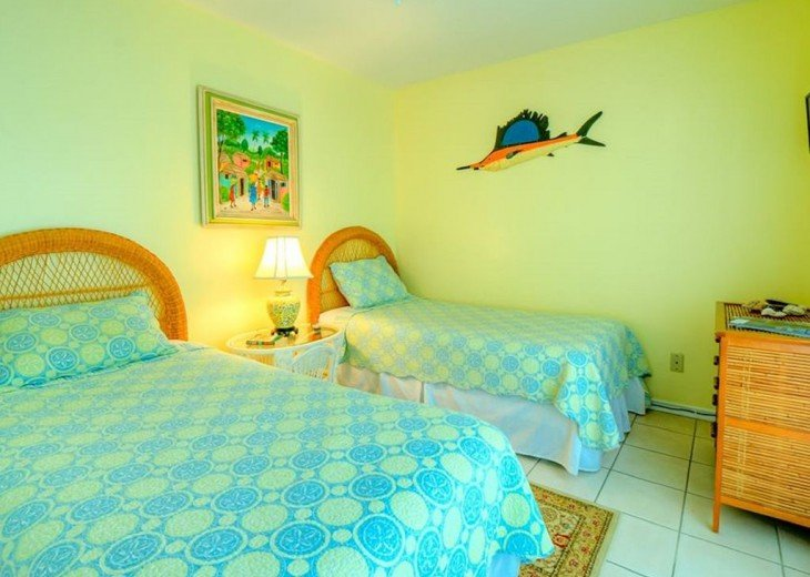 4 BR, 2 BA Margaritavilla Beach Cottage in Old Town - Ask About Our Specials! #16