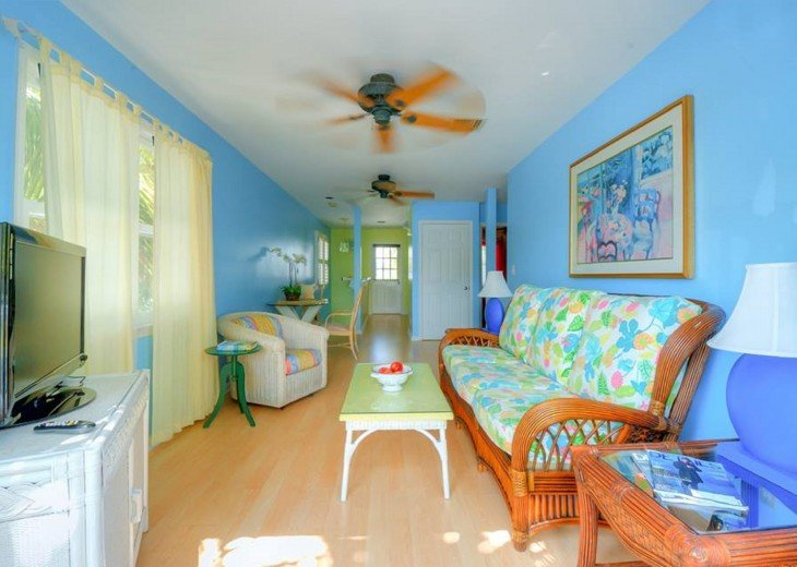 4 BR, 3 BA Margaritavilla Beach Cottage in Old Town - Ask About Our Specials! #15
