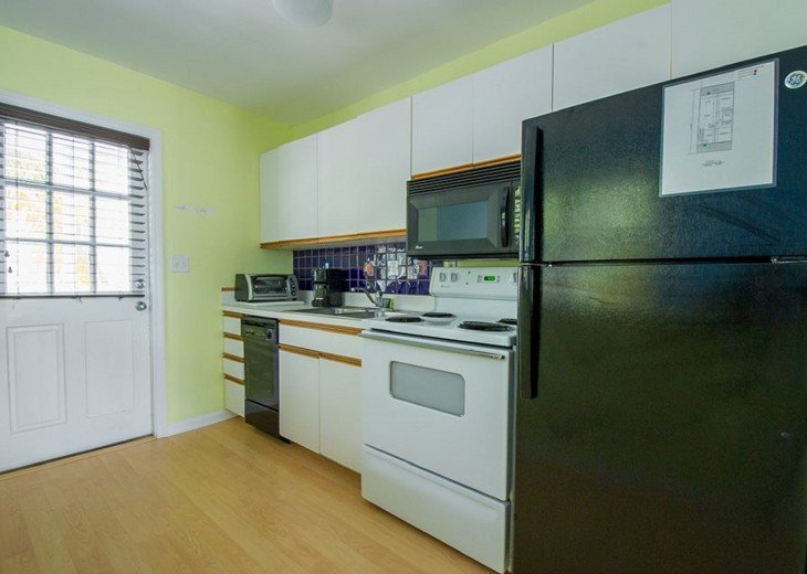 4 BR, 3 BA Margaritavilla Beach Cottage in Old Town - Ask About Our Specials! #8
