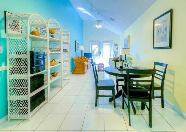 4 BR, 3 BA Margaritavilla Beach Cottage in Old Town - Ask About Our Specials! #4