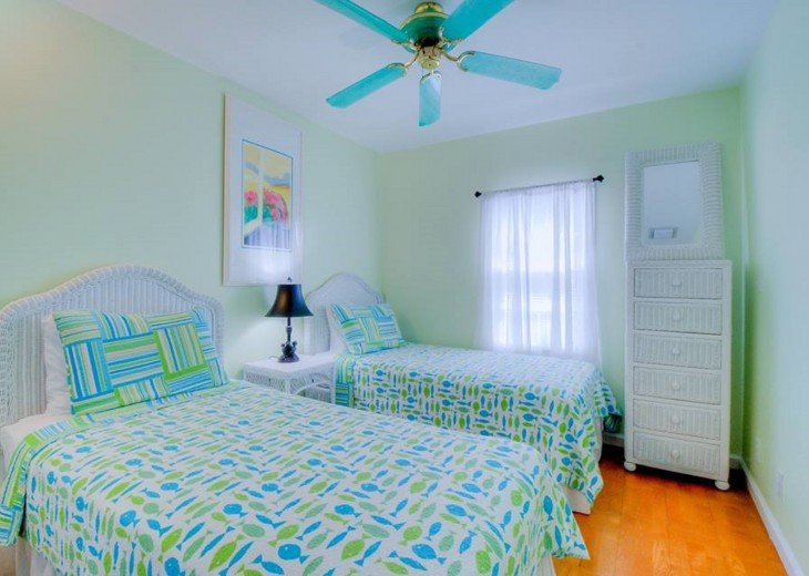 4 BR, 3 BA Margaritavilla Beach Cottage in Old Town - Ask About Our Specials! #17