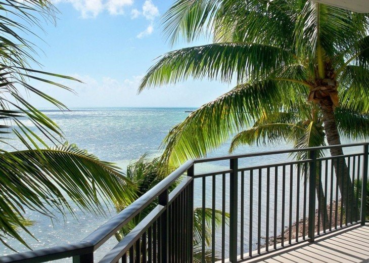 3 BR, 2 BA Oceanfront Oasis On The Beach in Key West #9