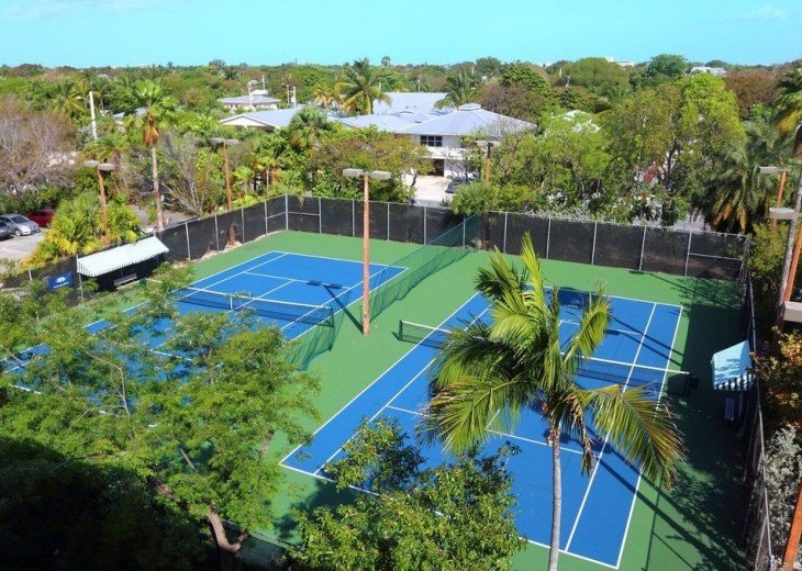 3 BR, 2 BA Oceanfront Oasis On The Beach in Key West #14