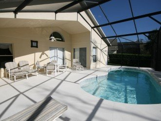 Luxury 4 bed pool villa, 15 minutes from DisneyWorld #1