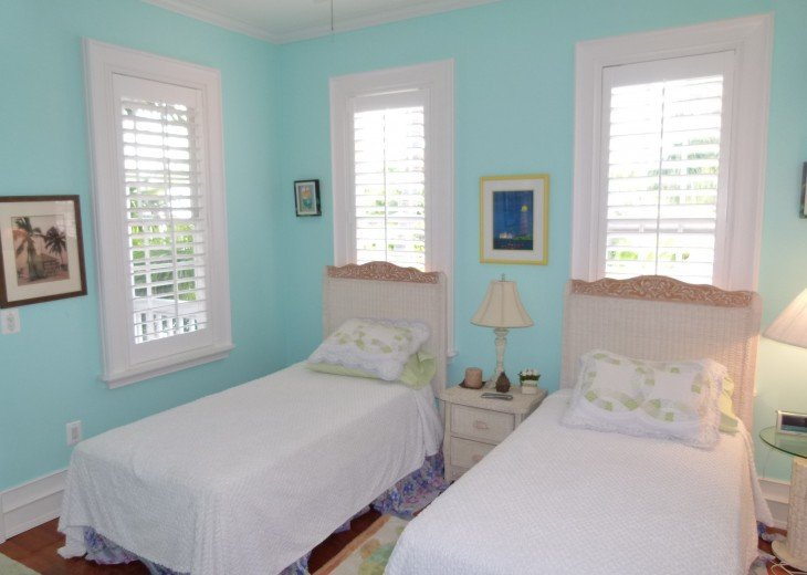 6 BR, 5.5 BA Luxury Key West Beach House in Old Town at Fort Zachary Taylor #69