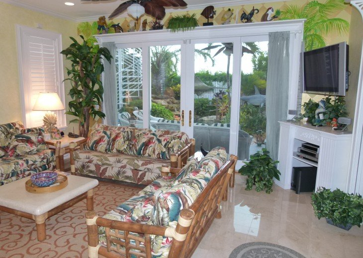 6 BR, 5.5 BA Luxury Key West Beach House in Old Town at Fort Zachary Taylor #29