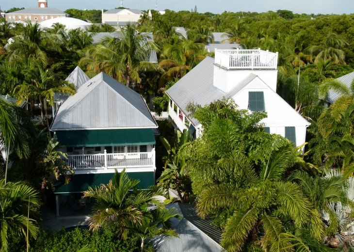 6 BR, 5.5 BA Luxury Key West Beach House in Old Town at Fort Zachary Taylor #80
