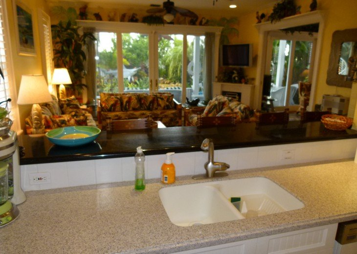6 BR, 5.5 BA Luxury Key West Beach House in Old Town at Fort Zachary Taylor #46